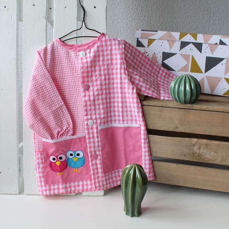 bata escolar rosa personalizada